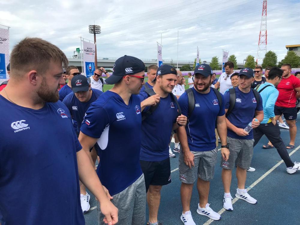 Сборная России встретилась с болельщиками в Эбине (фото и видео)