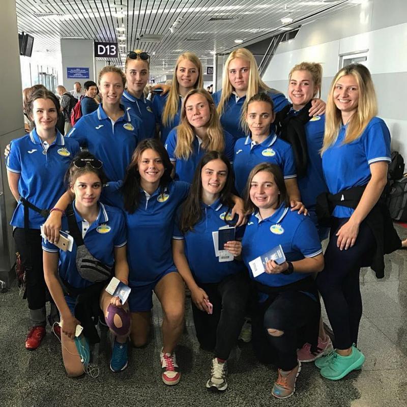 Украинки стартовали с победы на чемпионате Европы U18