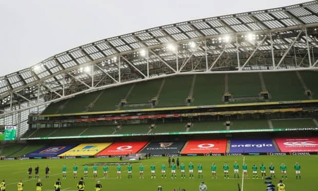 Зачем игроки Ирландии и Италии дистанцировались во время гимнов?