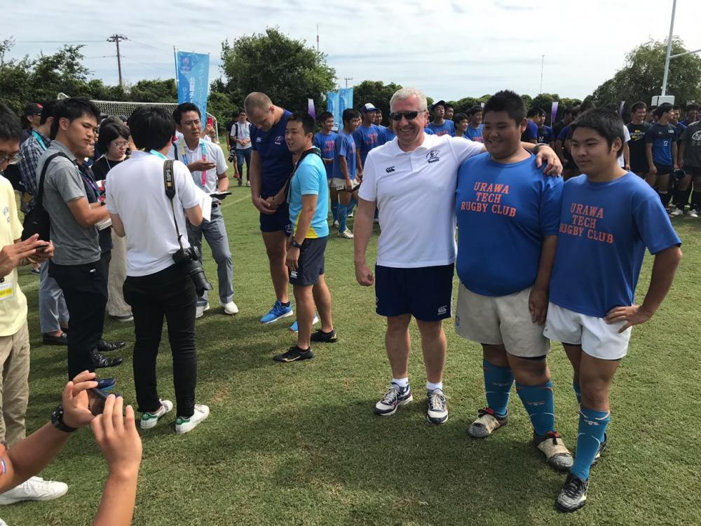 Игроки сборной России провели мастер-класс для японских школьников