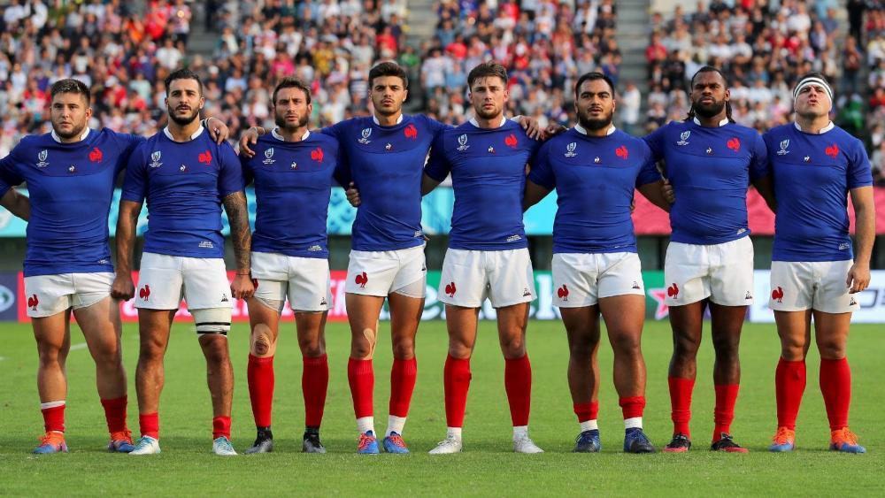 «Ле Блё» проведут осенние матчи двумя составами