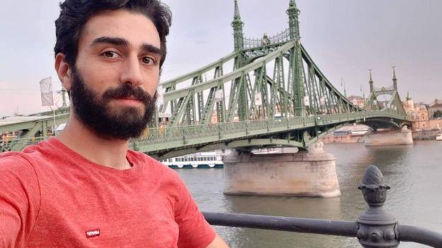 Грузинский болельщик добрался до Эдинбурга на велосипеде