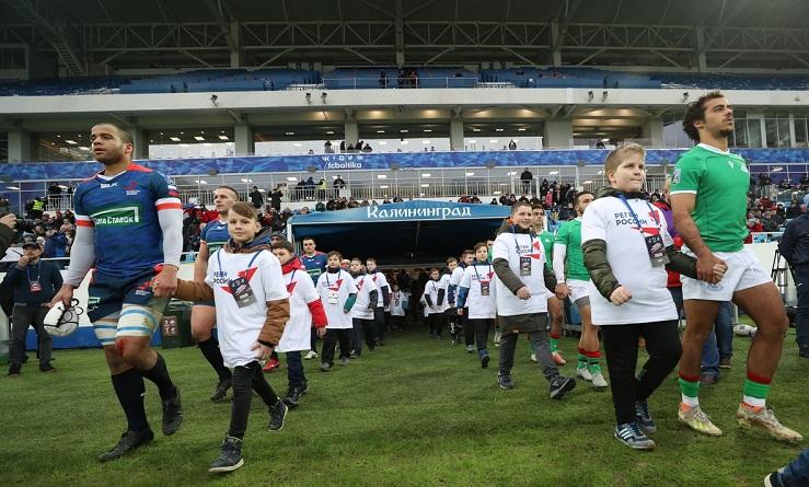 Агроном «Калининград Арены»: «От футбола газон страдает больше, чем от регби»