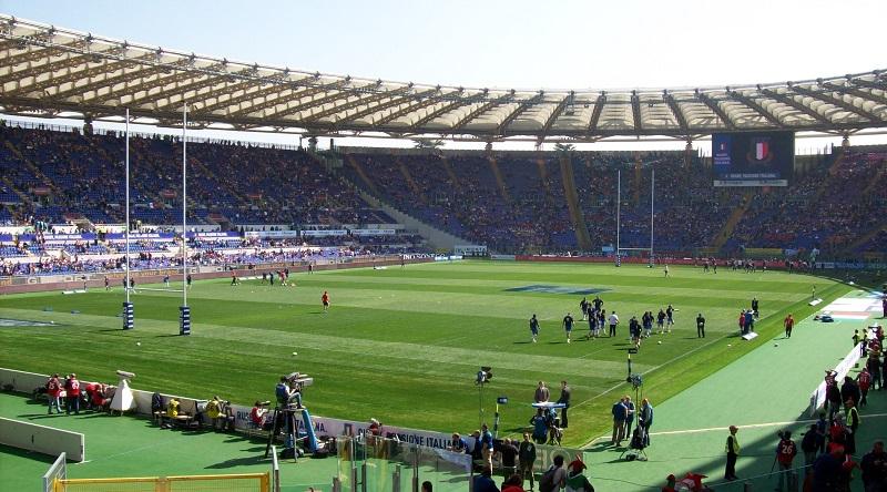 Кто первый встал, того и тапки или как итальянские регбисты отобрали поле у футболистов